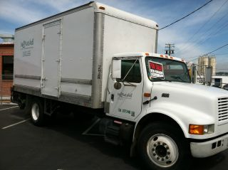 1996 International Harvester 20 ' Box Truck W Lift Gate photo