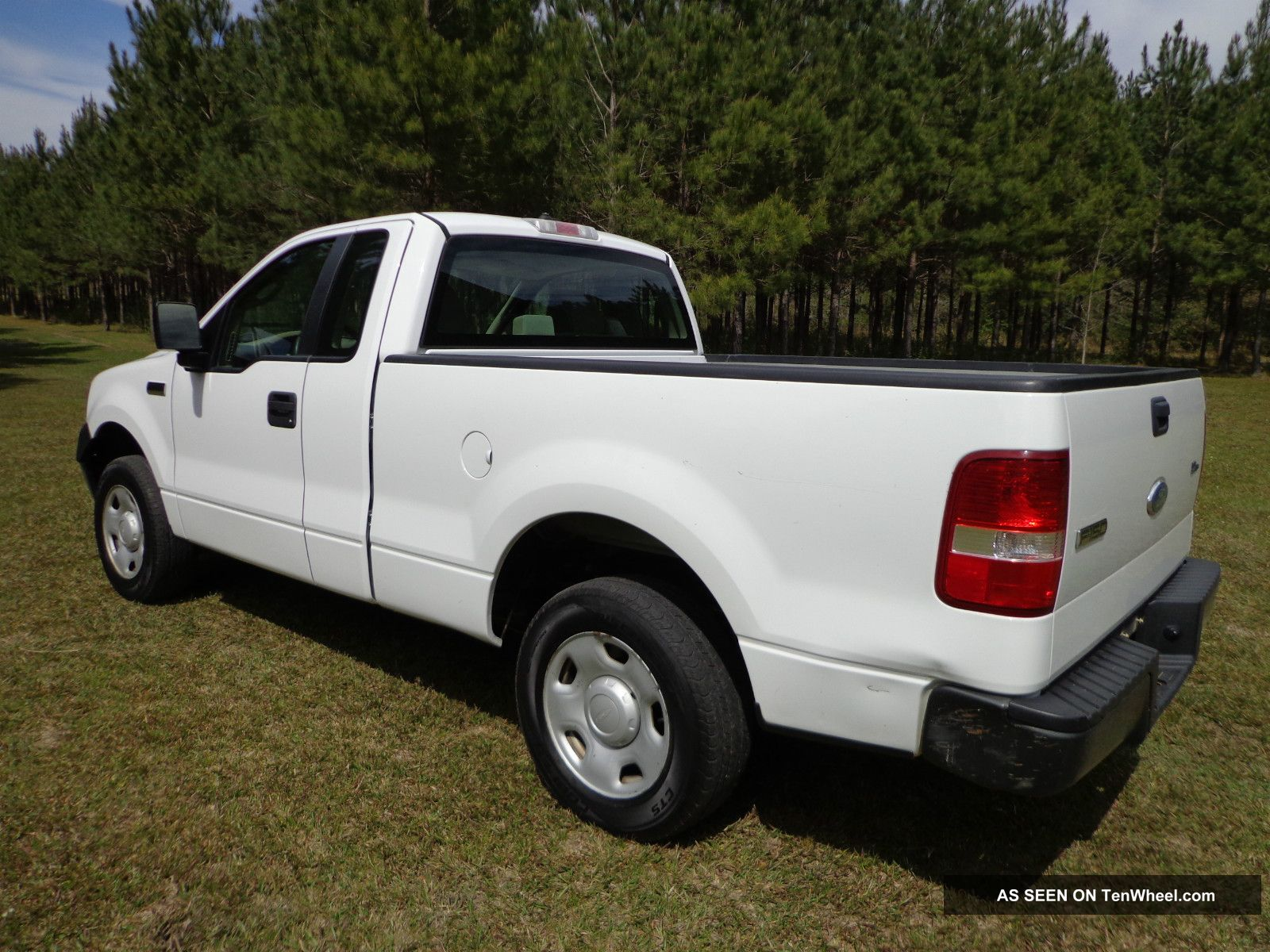 2007 ford f 150 xl pickup extended cab 4 2l v6 2wd in mississippi. Black Bedroom Furniture Sets. Home Design Ideas