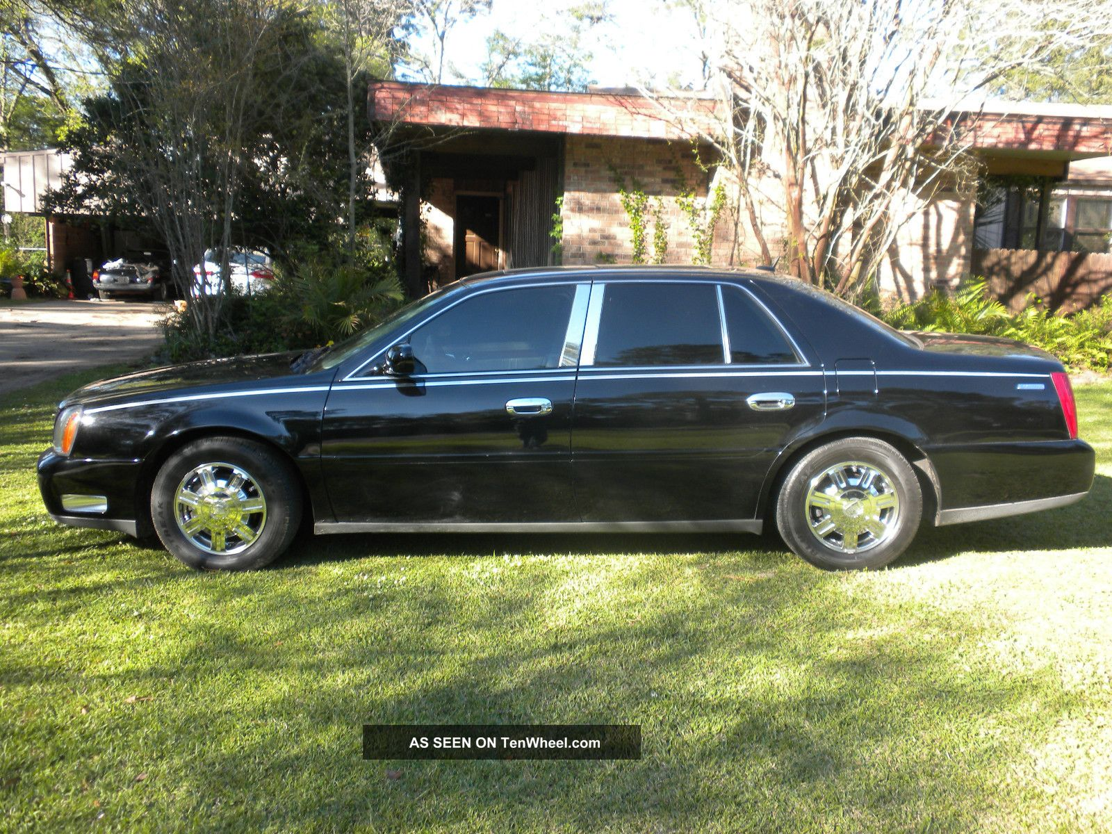 2005 cadillac deville base sedan 4 door 4 6l. Cars Review. Best American Auto & Cars Review