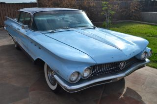 1960 Buick Lesabre Flattop 4dr Ht Older Restoration A / C Ice Cold Runs & Drives photo
