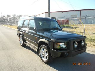 2004 Land Rover Discovery 2 Se7 Sport Utility 4 - Door 4.  6l Black Awesome photo