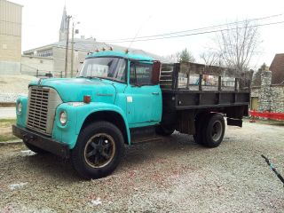 1969 International Lodestar 1600 2 - Ton Truck,  Flatbed,  4 High,  4 Low Trans,  Runs photo