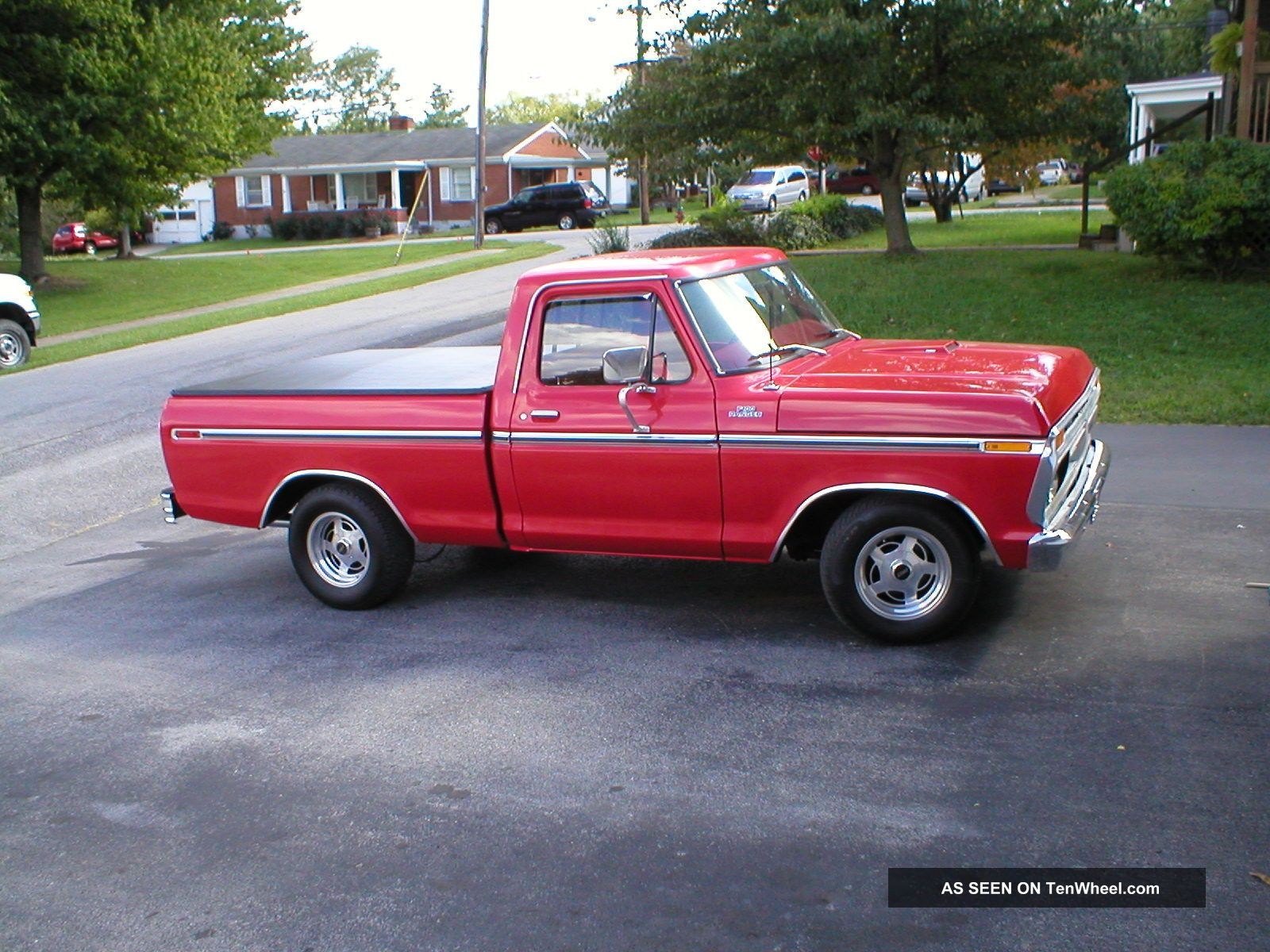 ford f00 truck 1977 pickup short bed 351w red automatic ac ps pb c6. Black Bedroom Furniture Sets. Home Design Ideas
