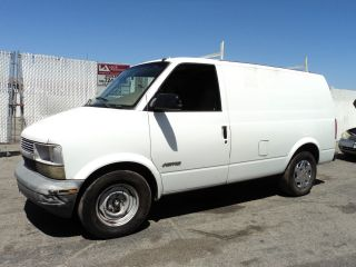 1998 Chevrolet Astro Base Extended Cargo Van 3 - Door 4.  3l, photo