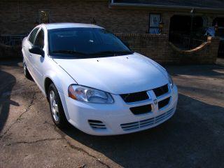 2005 Dodge Stratus photo