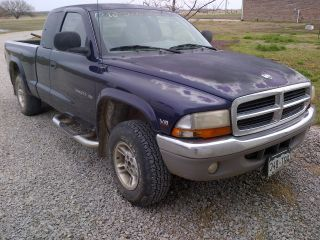 1999 Dodge Dakota 4x4 Ext Cab photo