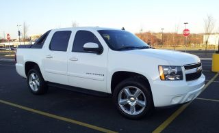 2007 Avalanche Lt3 4x4 Reserve Is Way Below Value Loaded,  Gorgeous photo