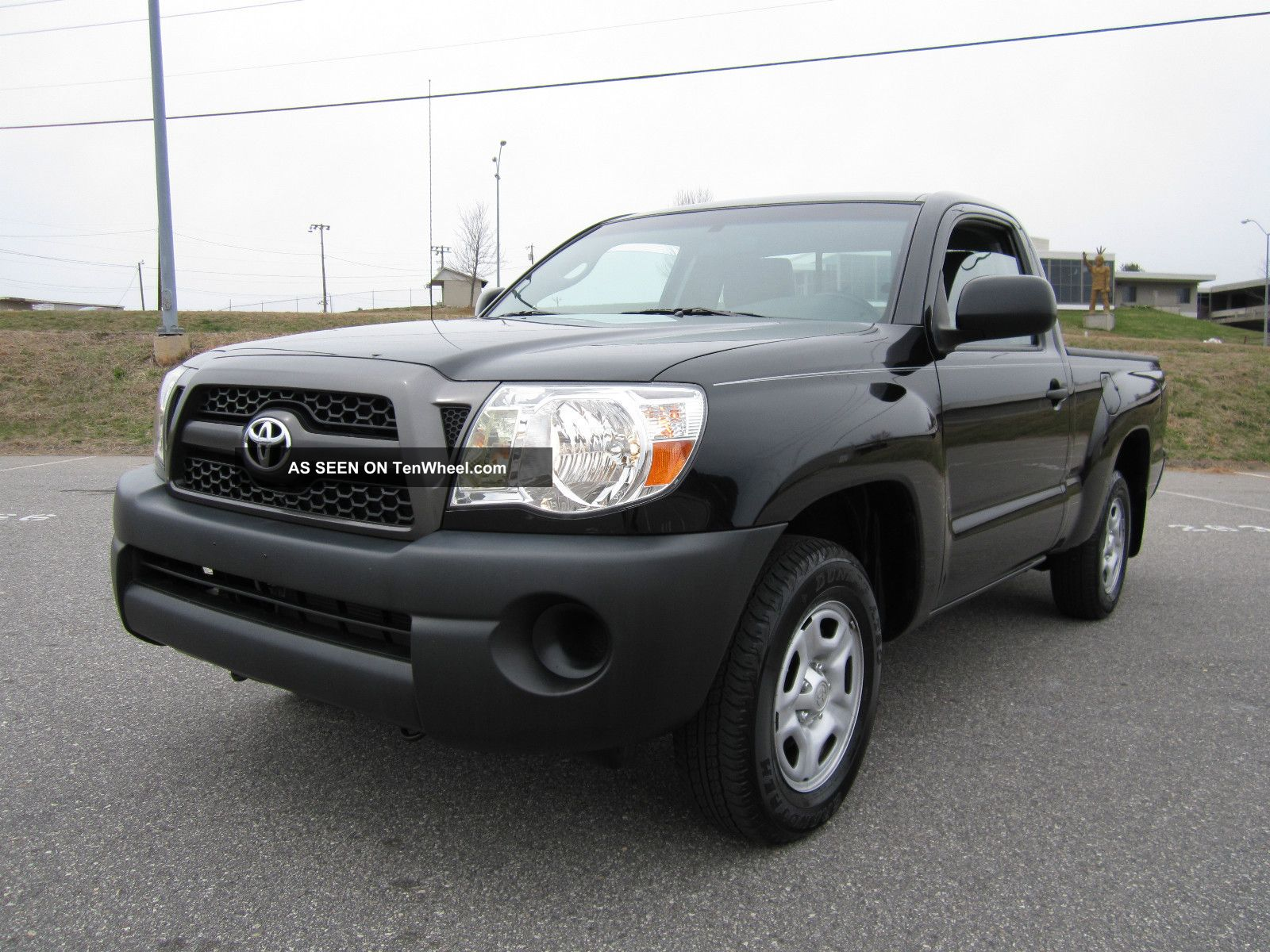 Size Of The Fuel Tank In A 2015 Toyota Tacoma | Autos Post