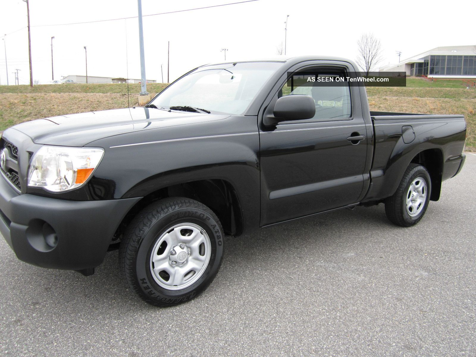 2011 toyota tacoma base standard cab pickup 2 door 2 7l