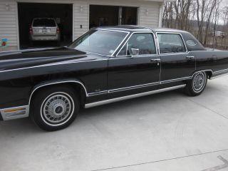 1979 Black Lincoln Town Car photo
