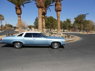 1976 Olds Delta 88 photo