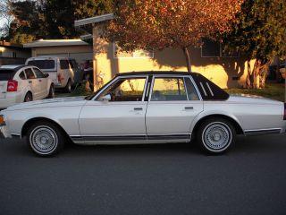 1978 Chevrolet Caprice Classic Sedan 4 - Door 5.  0l photo