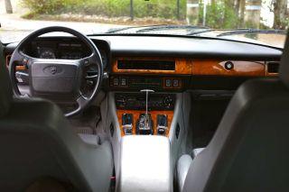 1990 Jaguar Xjs V12 Automatic photo