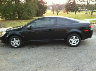 2008 Chevrolet Cobalt Ls Coupe 2 - Door 2.  2l Xfe Model photo
