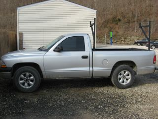 2004 Dodge Dakota Base Standard Cab Pickup 2 - Door 3.  7l photo