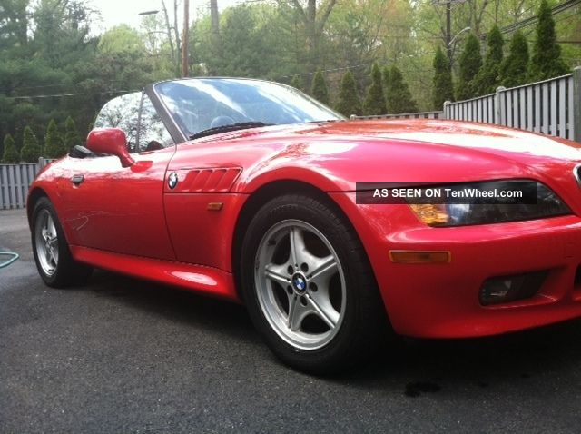 1996 Bmw Z3 Red Manual 5 - Speed 1.  9l Roadster Convertible Z3 photo
