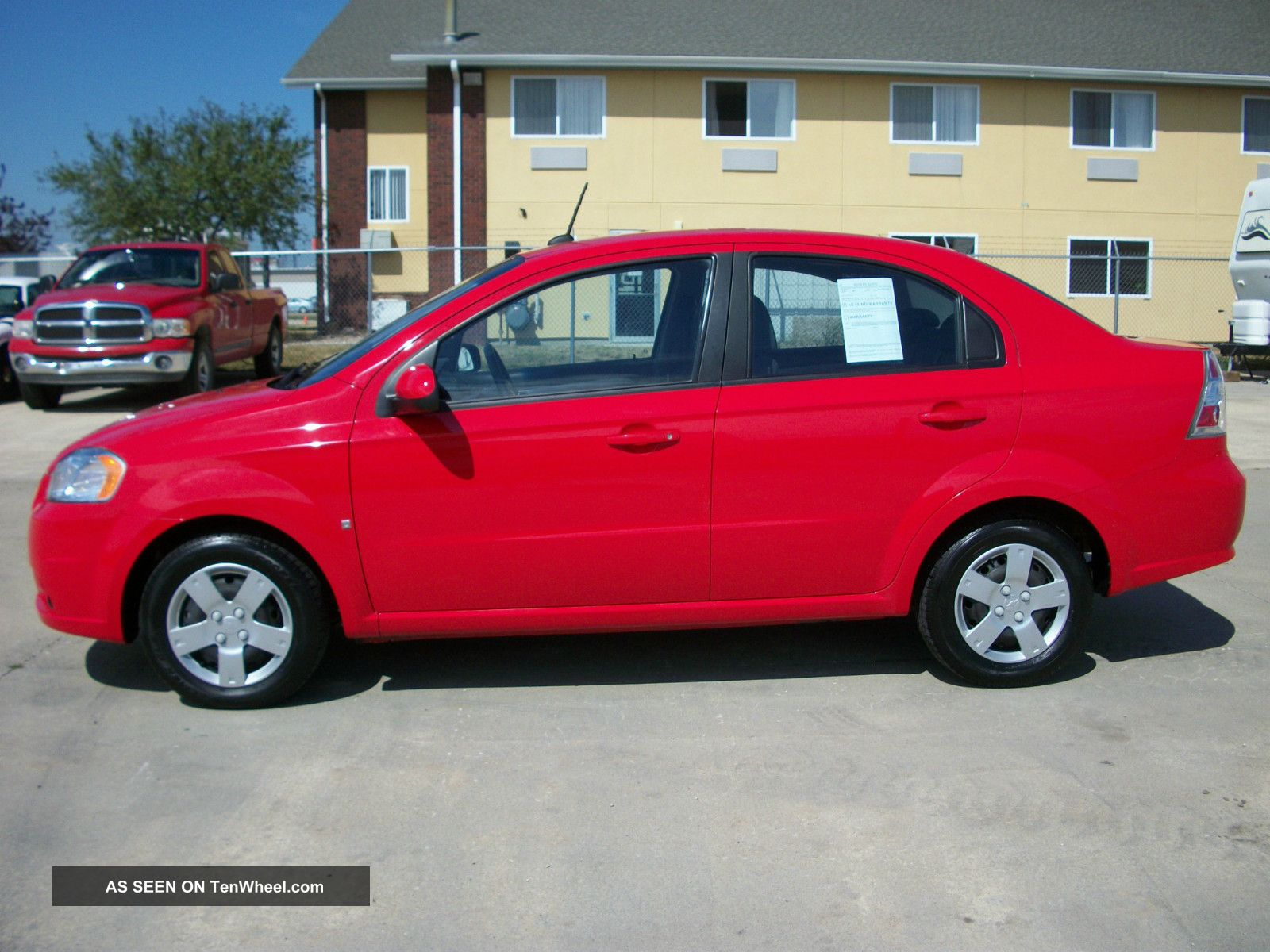 2009 chevrolet aveo lt sedan 5 speed manual red. Black Bedroom Furniture Sets. Home Design Ideas