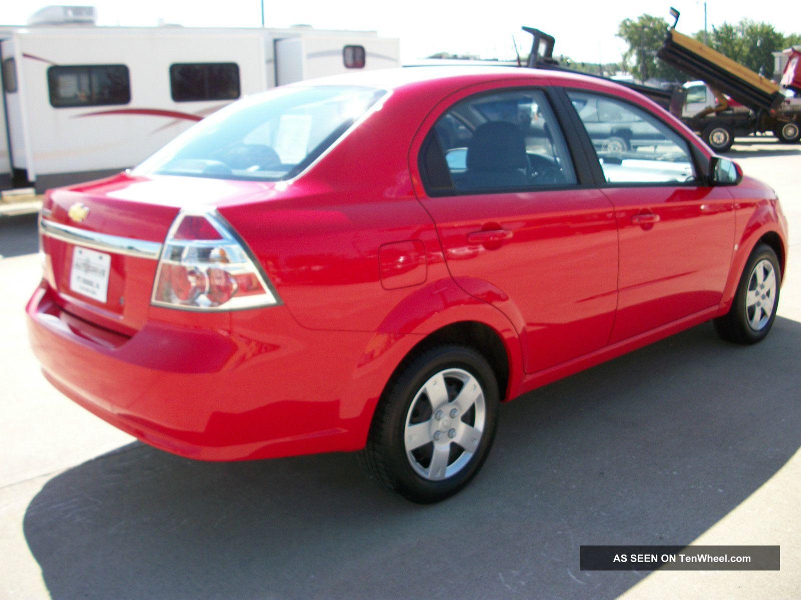 Chevrolet aveo sedan interior for 2009 chevy aveo interior door handle