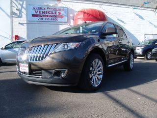2011 Lincoln Mkx Base Sport Utility 4 - Door 3.  7l photo