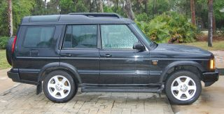 2004 Land Rover Discovery Hse Sport Utility 4 - Door 4.  6l photo