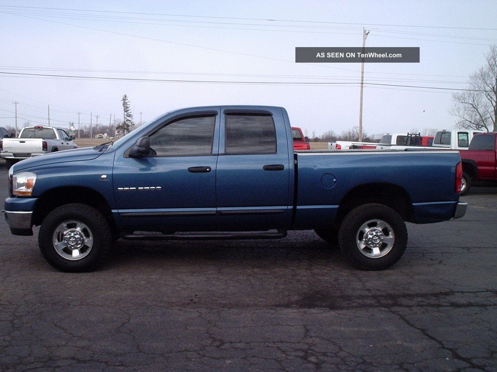 2006 dodge ram 2500 slt crew cab pickup 4 door 5 9l diesel 4x4. Black Bedroom Furniture Sets. Home Design Ideas