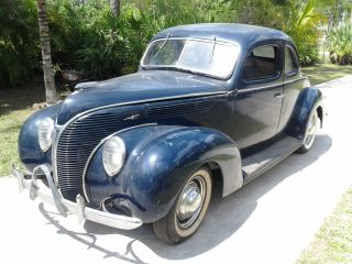1938 Ford Deluxe Coupe photo