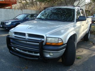 2001 Dodge Dakota Sport Pickup Truck Crew Cab 5.  9 Liter 8 Cylinder Awd photo