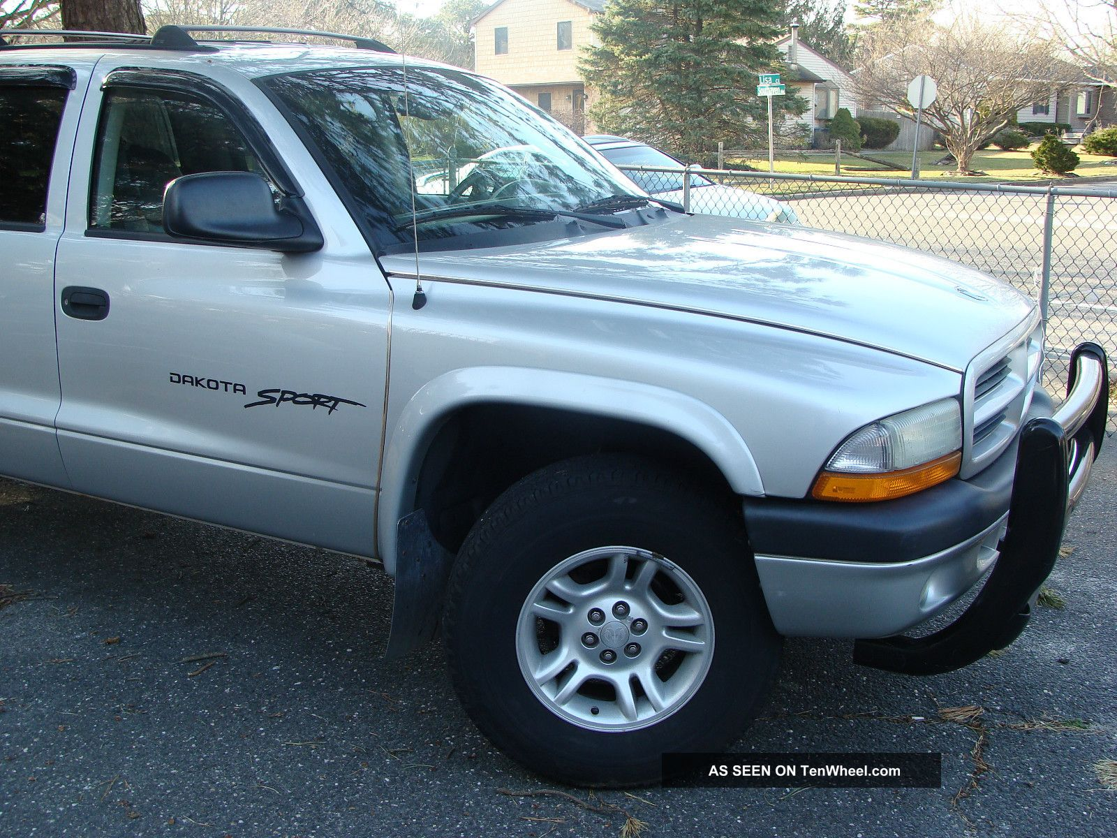 2001 dodge dakota sport pickup truck crew cab 5 9 liter 8 cylinder awd. Black Bedroom Furniture Sets. Home Design Ideas