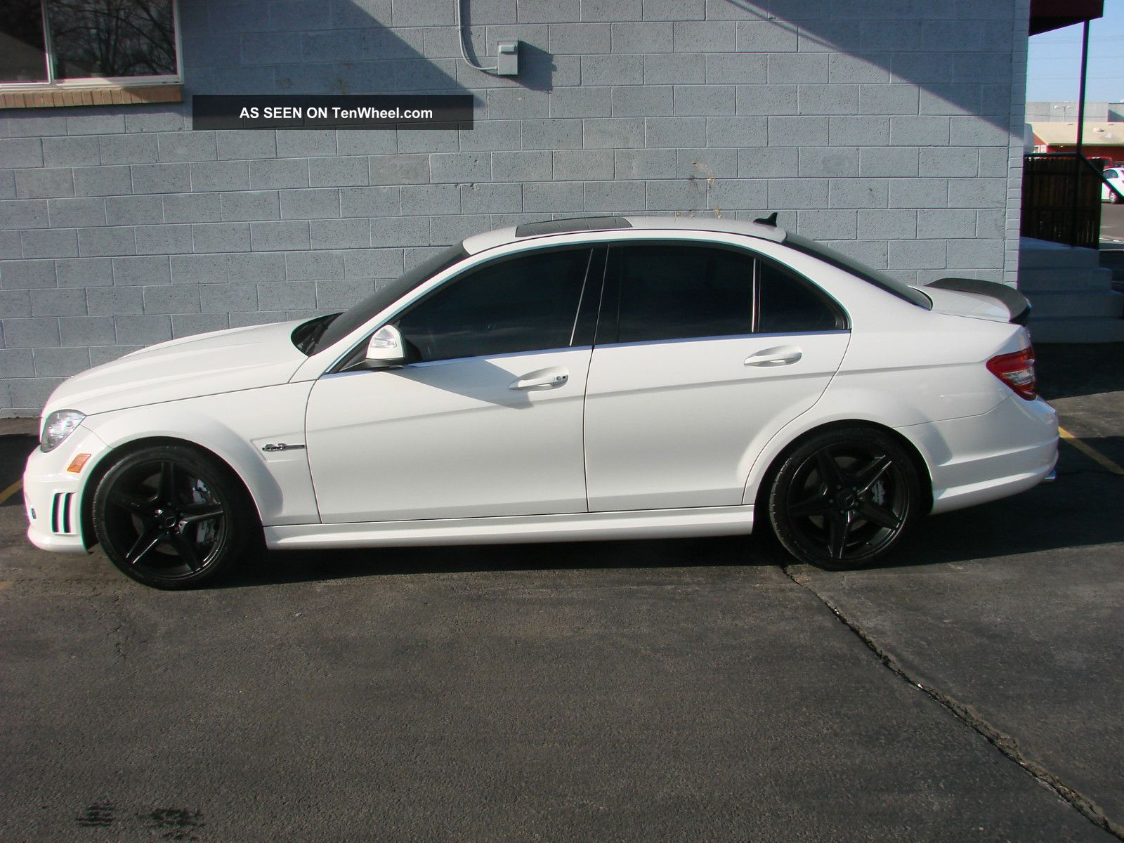 2008 mercedes benz c63 amg base sedan 4 door 6 3l for Mercedes benz 4 door