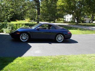 2001 Porsche 911 Carrera Converable photo