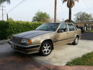 1993 Volvo 850 Glt Sedan 4 - Door 2.  4l photo