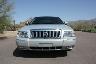 2011 Mercury Grand Marquis Ls Sedan 4 - Door 4.  6l photo