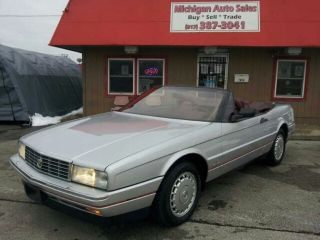 1988 Cadillac Allante,  Limited Edition,  And Sharp,  Liquidation photo