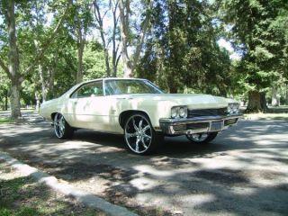 1972 Buick Lesabre Custom Hardtop 2 - Door 5.  7l photo