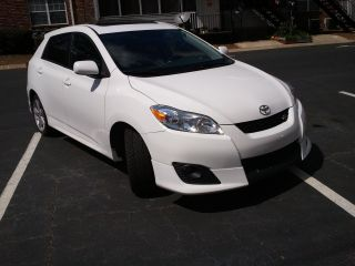 2009 Toyota Matrix S Wagon 4 - Door 2.  4l photo