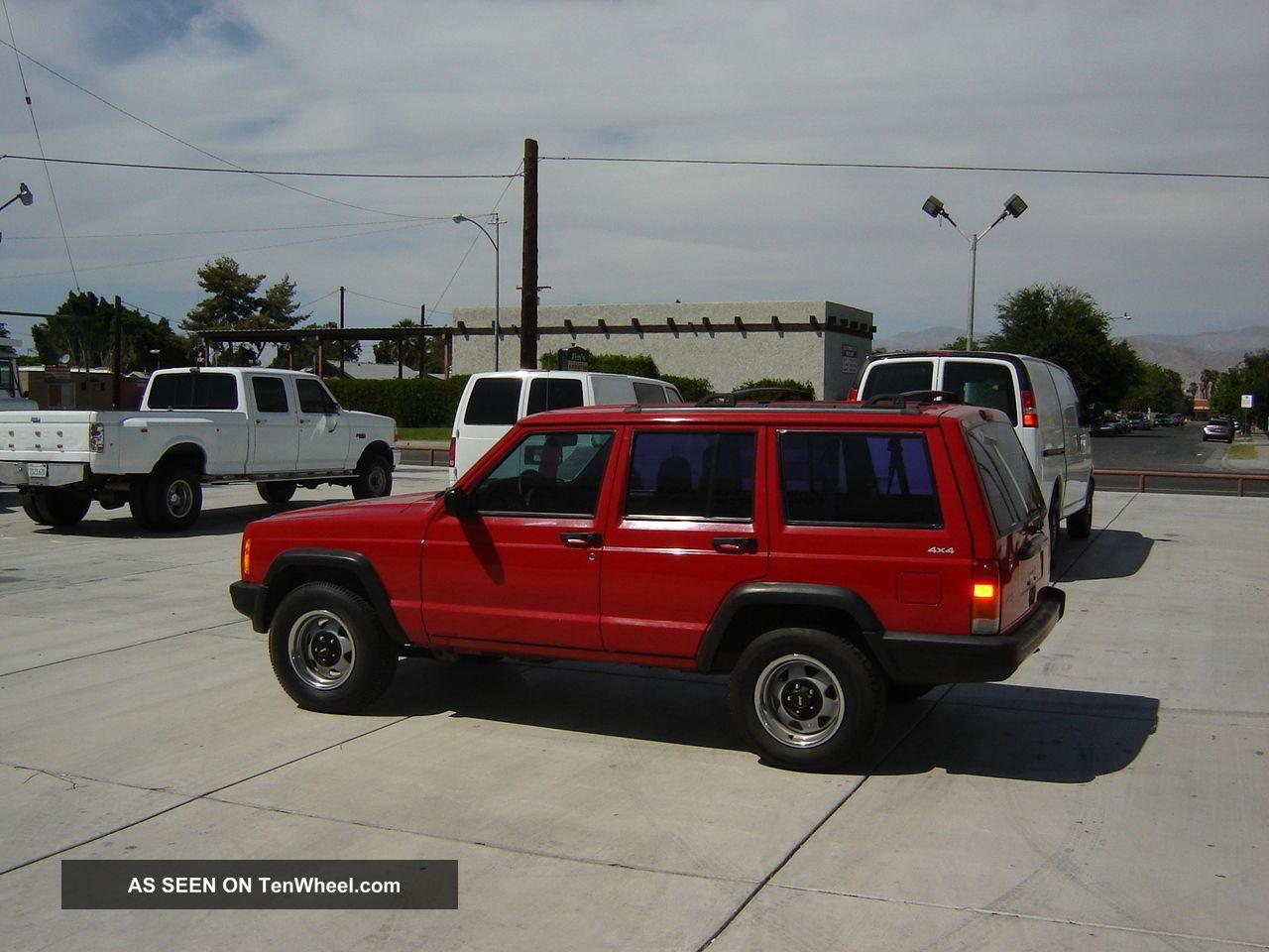 1999 Jeep Cherokee Base 4x4 4.  0 Cherokee photo