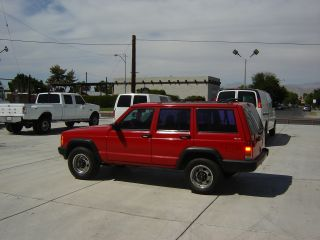 1999 Jeep Cherokee Base 4x4 4.  0 photo