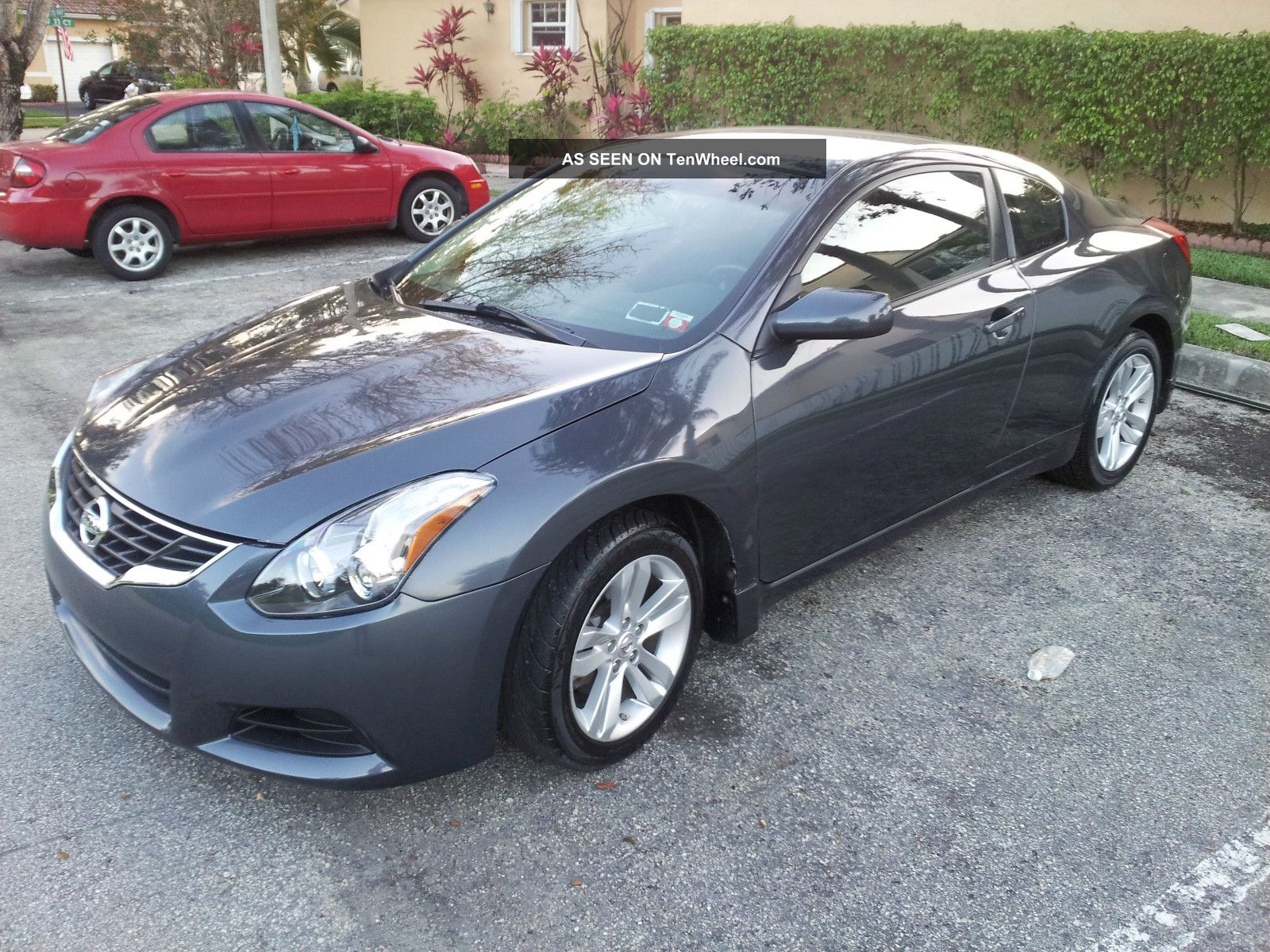 2010 Nissan Altima S Coupe 2 Door 2 5l