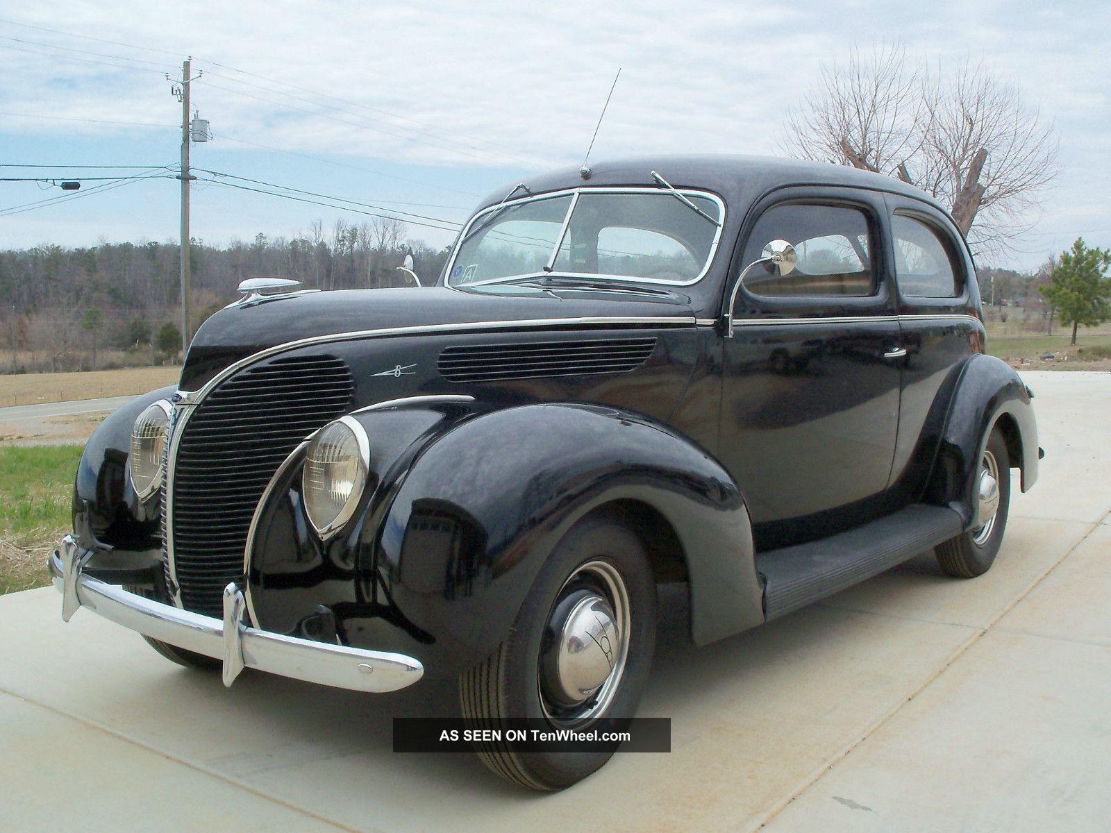 1938 1939 1940 Ford Deluxe Tudor Sedan