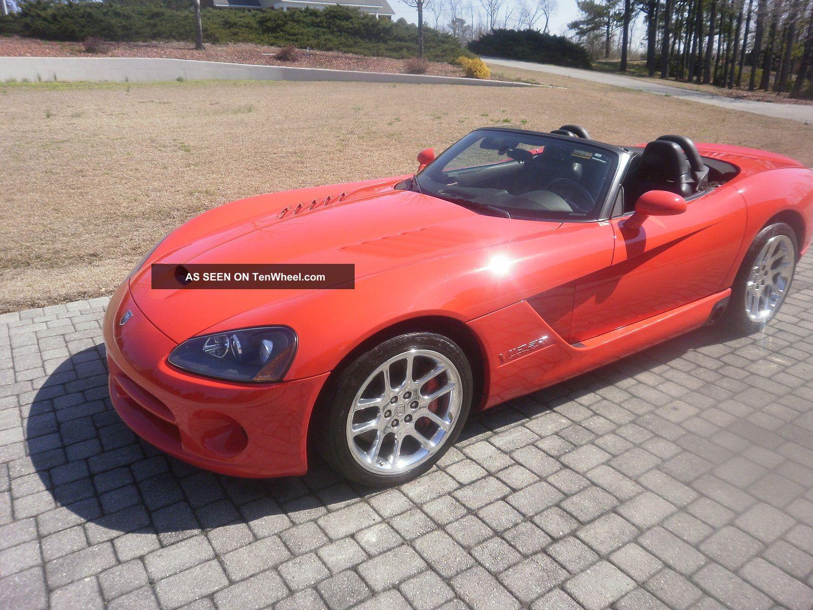 2004 Dodge Viper: Red,  37,  500 Mi, ,  Convertible, Viper photo