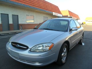 2002 Ford Taurus Ses photo
