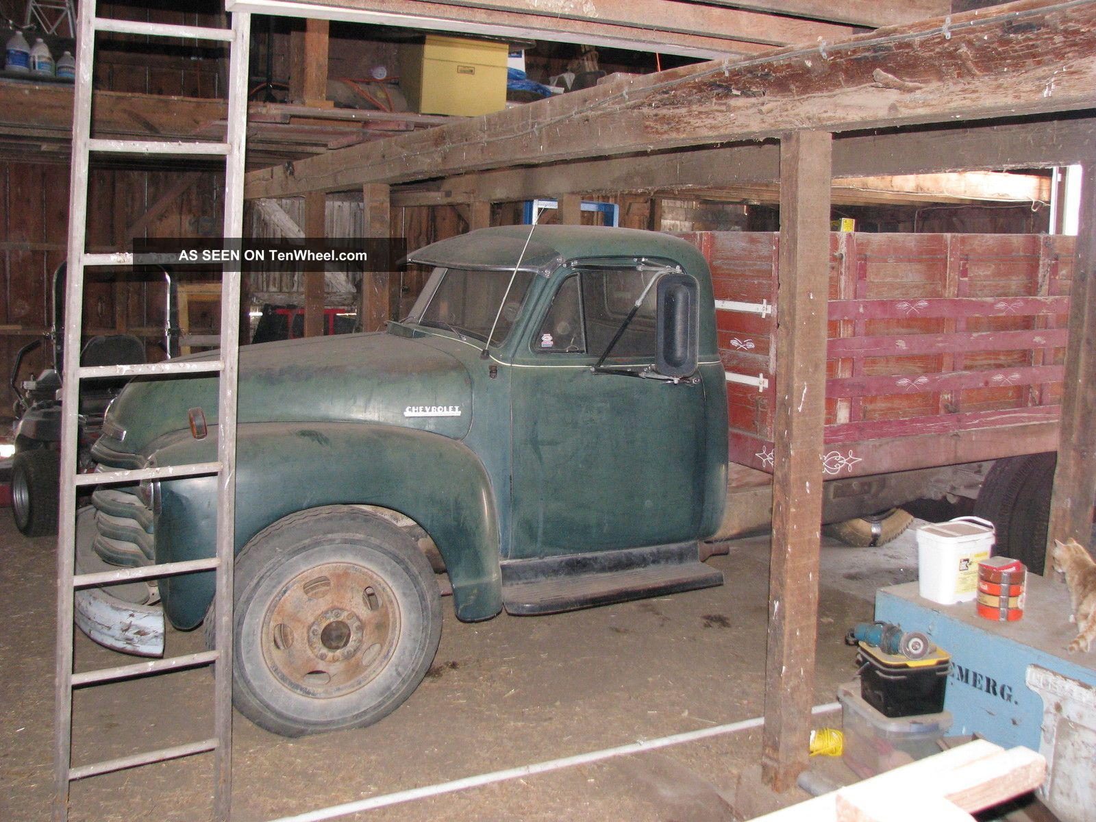 1952 Chevrolet 6400 Dump Truck With Grain Tight Grain Box And Hydraulic Hoist Other Pickups photo