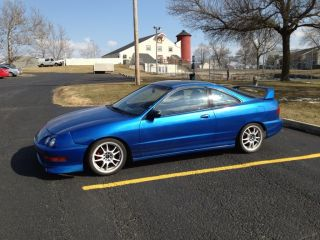 Perfect 1994 Acura Integra Gs - R With Tasteful Mods photo
