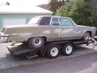 1965 Chrysler Imperial Crown Coupe photo