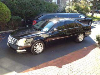 2008 Cadillac Dts Livery Sedan 4 - Door 4.  6l photo