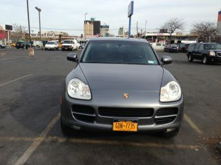 2005 Porsche Cayenne S Sport Utility 4 - Door 4.  5l photo