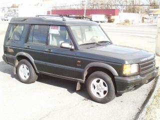 2001 Land Rover Discovery Series Ii Se 7passanger Sport Utility 4 - Door 4.  0l photo