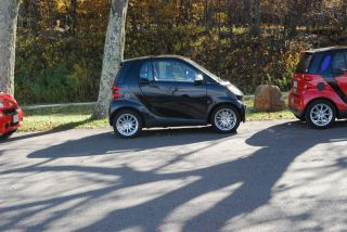 2011 Smart Fortwo Passion Coupe 2 - Door 1.  0l photo