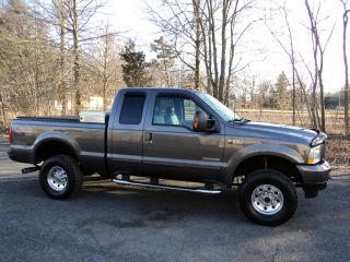 2003 Ford F250 Powerstroke Diesel Fx4 Ext Cab 4x4 $16900 / Offer photo