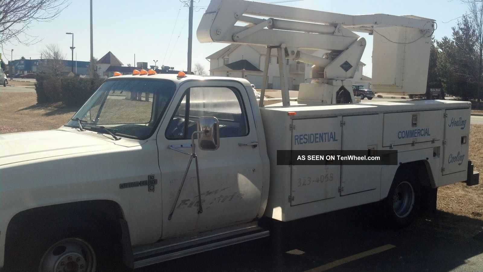 Chevy 1986 1 Ton Dually C30 Utility Body Versalift 24 ' Bucket Truck Other photo
